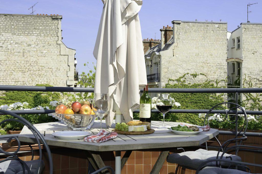1-Balcony-in-summer